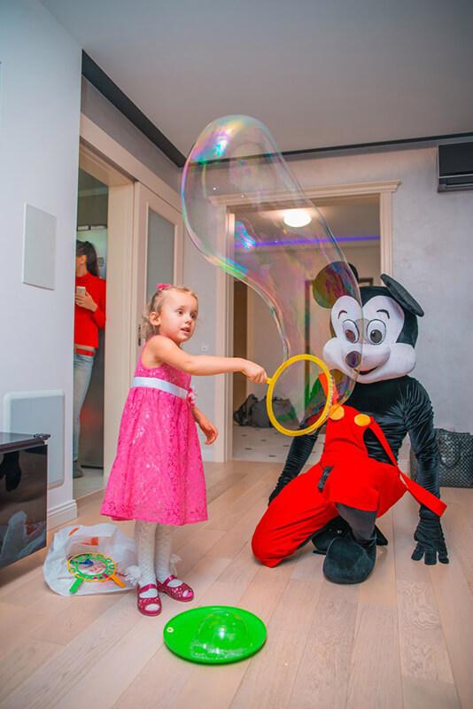 Аниматоры Микки и Мини Маус на детский праздник в Москве от Холидей Кидс