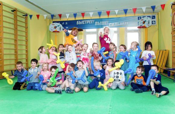 Проведение праздника в детском саду: сценарий и оформление