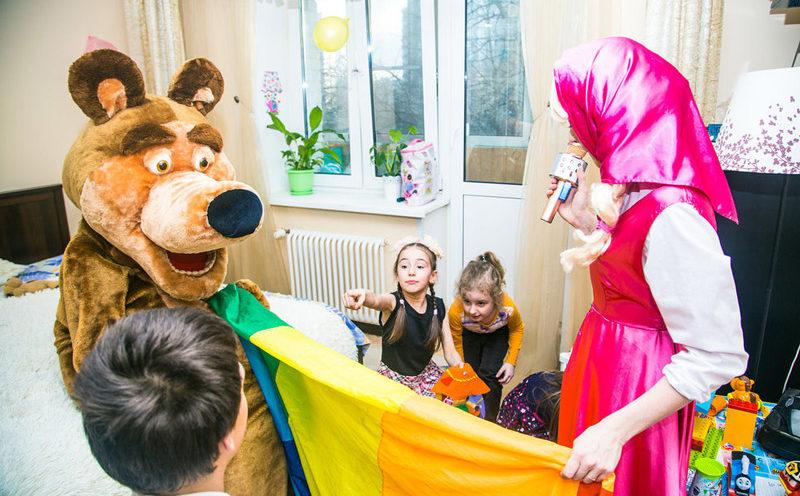 маша и медведь на празднике для девочки на дому