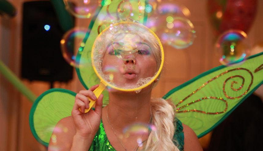 Шоу мыльных пузырей — подарок на день рождения